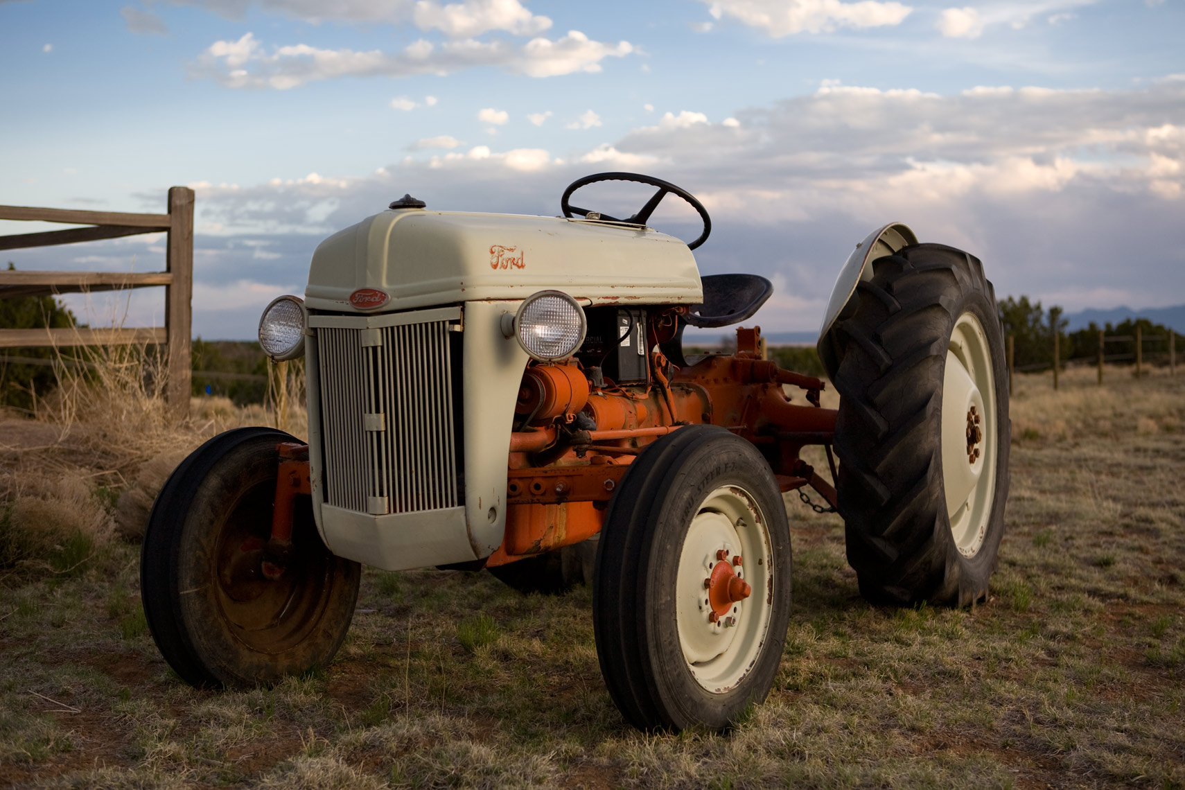 tractor_2413