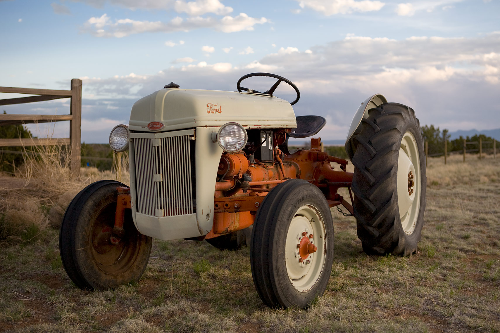 tractor_2413_1
